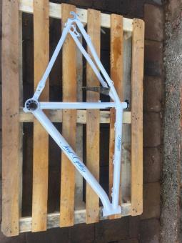 Soulcycles Dillinger Rahmen hellblau